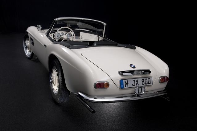 """La BMW 507 du """"King"""" est enfin prête pour le concours d'élégance de Pebble Beach, dans son strict état d'origine. Un gros travail qui montre que le département Classic de BMW a plus que jamais sa raison d'être."""