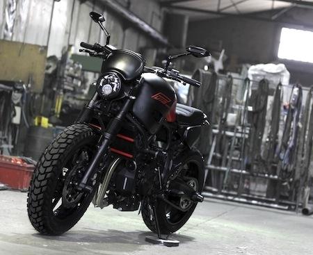 Prépa: une Yamaha XSR700 signée Puig et Ad'Hoc