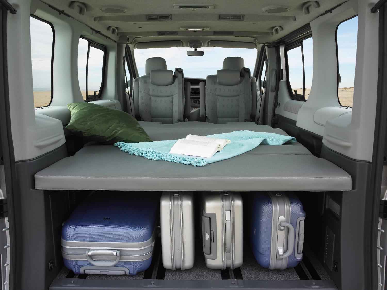 renault trafic generation evado l 39 engin id al pour s 39 vader. Black Bedroom Furniture Sets. Home Design Ideas