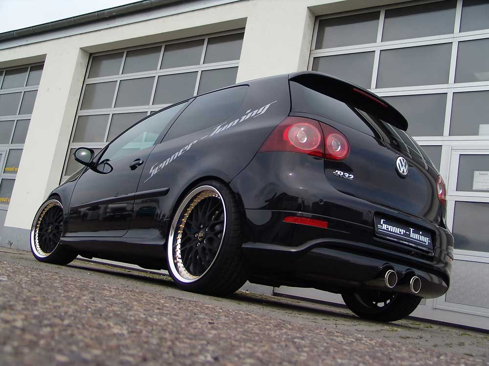golf 5 r32 senner tuning 270 chevaux et de grosses roulettes. Black Bedroom Furniture Sets. Home Design Ideas