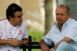 Alonso et Dennis: communication rompue depuis la Hongrie