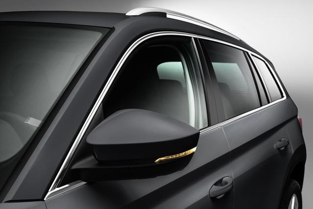 La surface vitrée est généreuse. Le Kodiaq est promis habitable et astucieux.