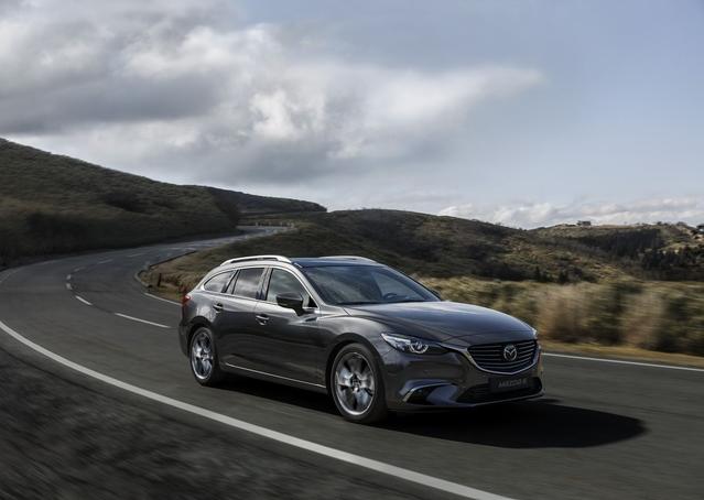 """Seul changement à l'extérieur: une nouvelle couleur de carrosserie """"Machine Grey""""."""