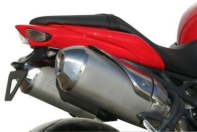 S2 Concept équipe la Triumph Speed Triple millésime 2011.