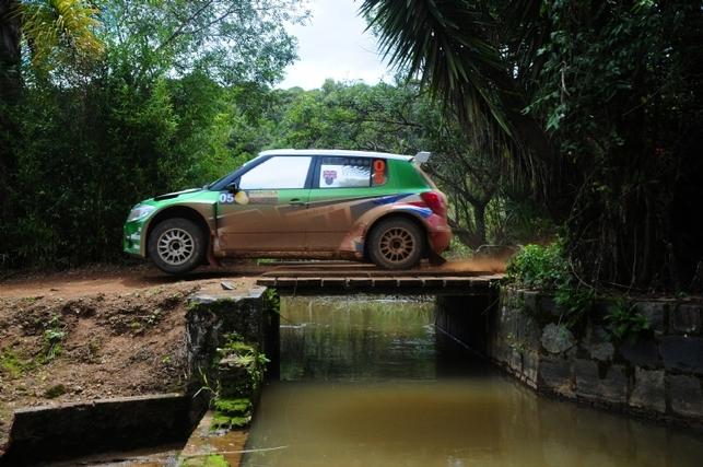 IRC Curitiba (Brésil) Jour 1 : Meeke samba tout seul