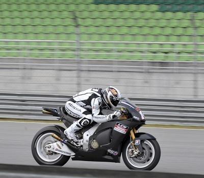 Moto GP - Test Sepang: Confiance et sérénité chez Randy De Puniet