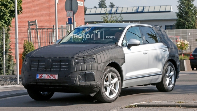 Spyshot : le futur Volkswagen Touareg sort de l'ombre