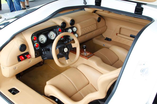 Macross Epique GT1: 845 ch pour la 1ère supercar coréenne