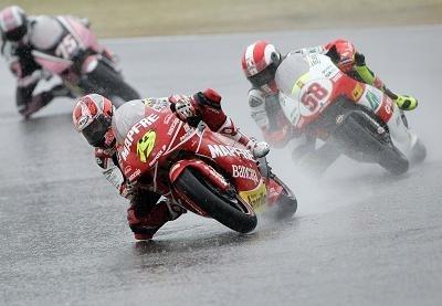 """GP250 - Bautista: """"Simoncelli voulait me sortir de la piste"""""""