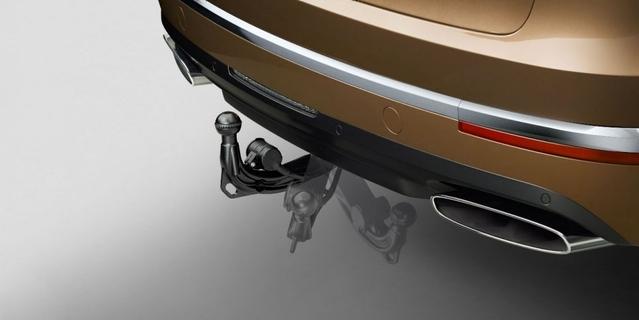 Bentley : le Bentayga avec un attelage pour partir en vacances