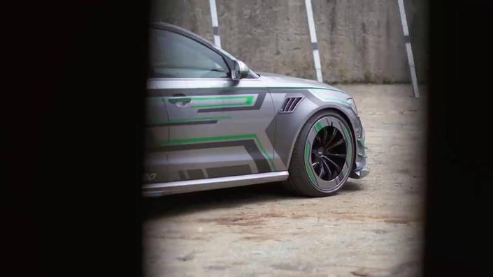 Audi : une RS6 hybride grâce à ABT