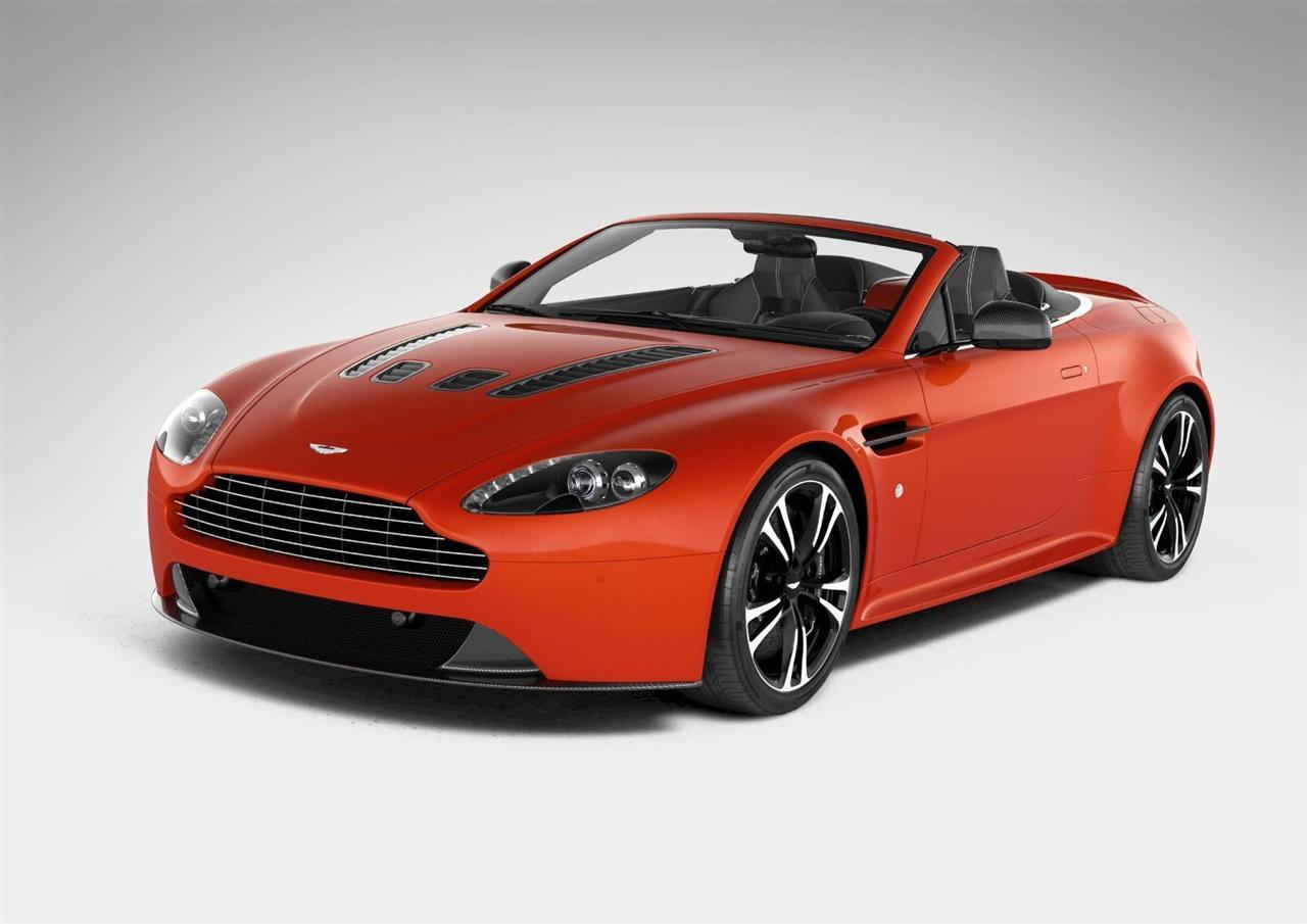 la nouvelle aston martin v12 vantage roadster arrive. Black Bedroom Furniture Sets. Home Design Ideas