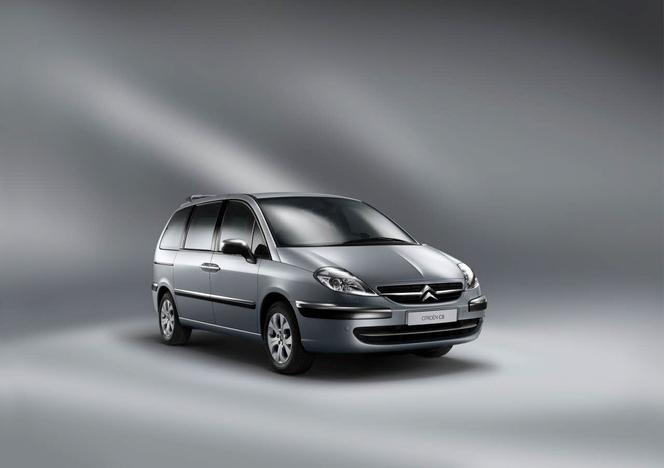 Les Citroën C5 et C8 évoluent