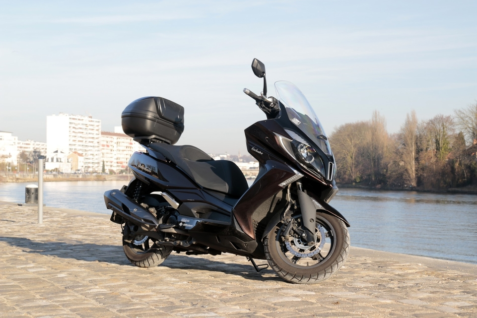 Essai Kymco Downtown 350i : simple mais complet