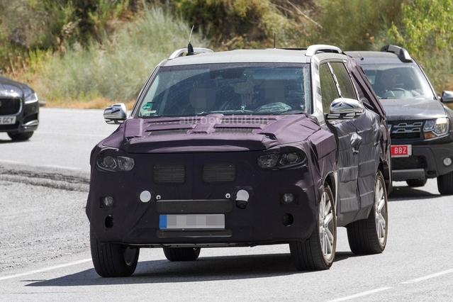 Scoop : Ssangyong peaufine sonnouveau SUV sept places Rexton