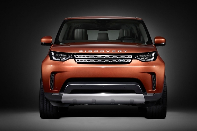 Land Rover reconduit son traditionnel Discovery