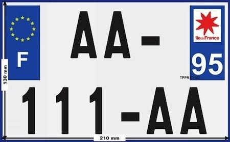 Plaque d'immatriculation: 210 x 130 mm pour tous dès le 1er juillet 2017