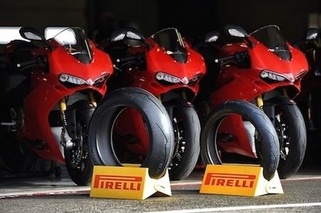 Ducati 1299 Panigale, 1299 Panigale S: des Pirelli Diablo™ Supercorsa SP en 1ère monte