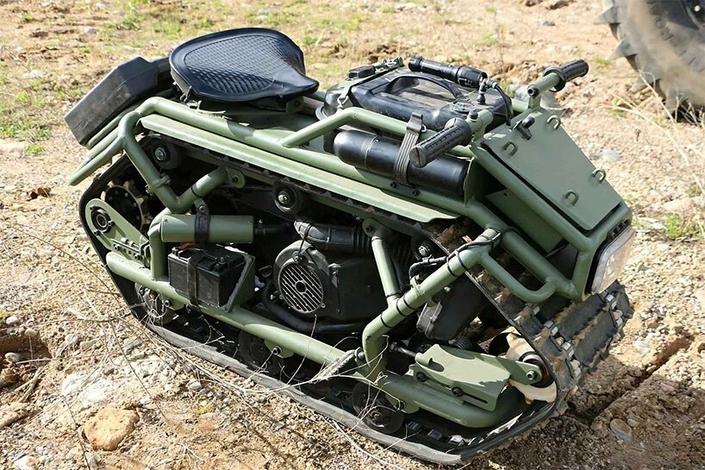 Hamyak, le tank russe qui se prend pour une moto ! S1-hamyak-le-tank-russe-qui-se-prend-pour-une-moto-670860