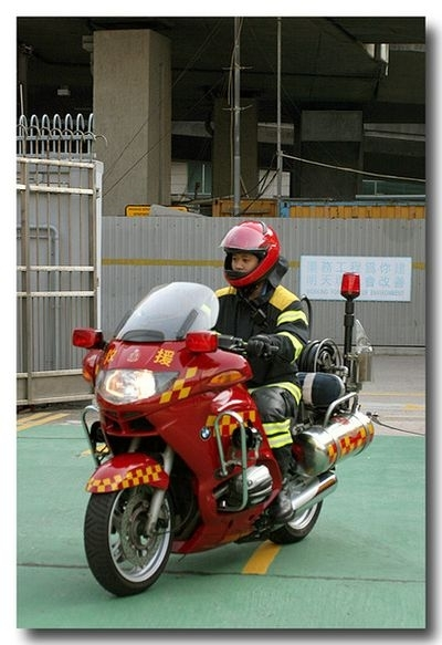 Photo du jour : rêve de devenir pompier