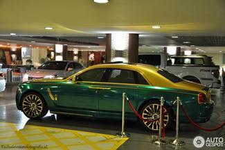 Attention les yeux, cette Rolls Royce Ghost préparée par Mansory va vous illuminer