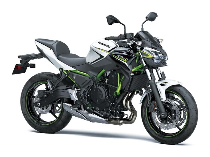Nouveau millésime, nouvelles couleurs pour le roadster Kawasaki.