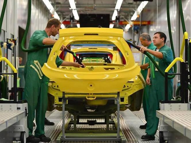 L'Adam ne répond pas aux attentes, Opel réduit la production