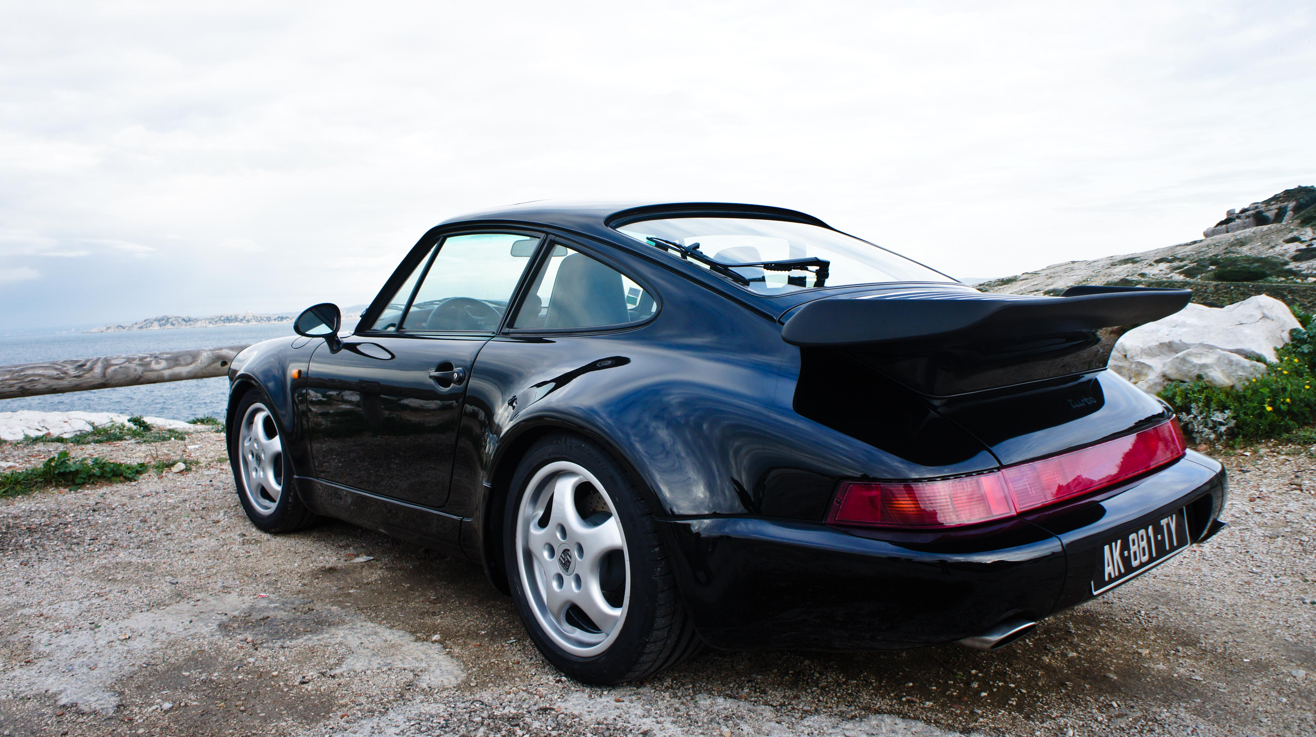 vid o la minute du propri taire porsche 911 turbo la superlative. Black Bedroom Furniture Sets. Home Design Ideas