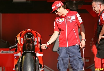 Moto GP - Catalogne: Et comment y va le Nicky ?