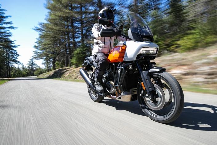 Essai - Harley Davidson 1250 Pan America : vous avez dit révolution ? S1-essai-harley-davidson-1250-pan-america-special-vous-avez-dit-revolution-671263