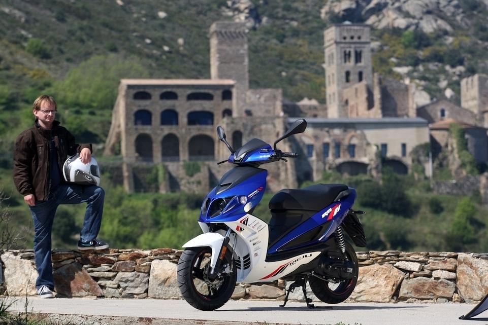 Essai Rieju RS Sport Racing 50 : des origines italiennes