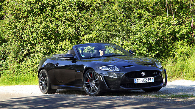 vid o les vir es caradisiac en jaguar xkr s cabriolet. Black Bedroom Furniture Sets. Home Design Ideas