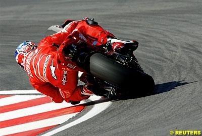 """Moto GP: Portugal D.1: Stoner: """"Faire mieux"""""""