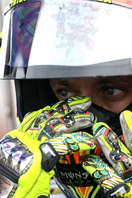 Moto GP - Catalogne D.1: Rossi prend ses marques