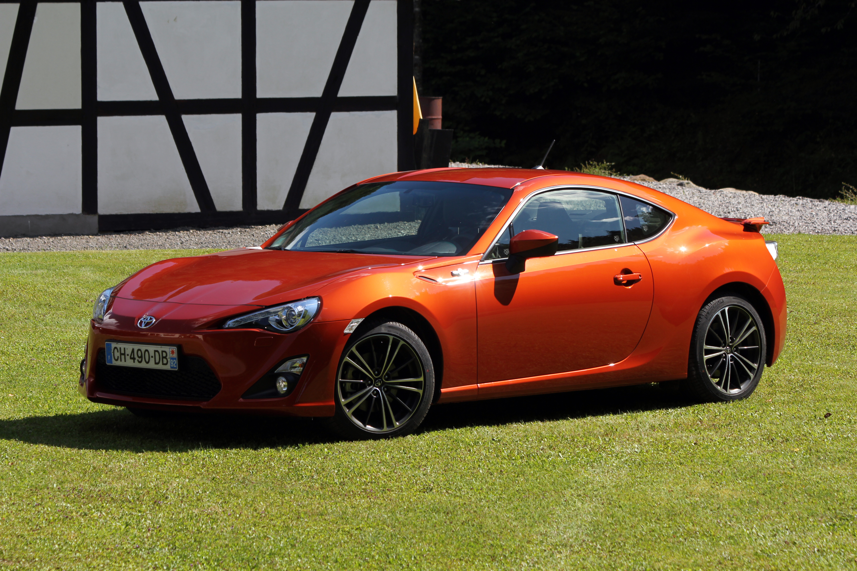 essai vid o toyota gt86 presque parfait. Black Bedroom Furniture Sets. Home Design Ideas