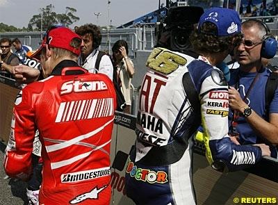 Moto GP: Portugal D.3: Rossi sort de la mêlée