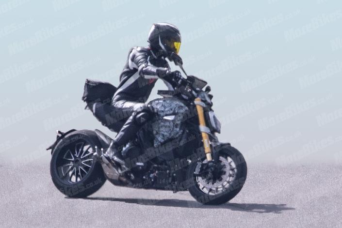 Nouveauté - Ducati: un nouveau Diavel sort de sa boîte!