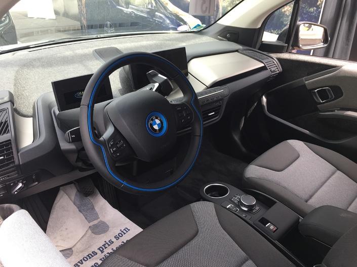 BMW i3 : classique ou sportive - Vidéo en direct du salon de Val d'isère 2018