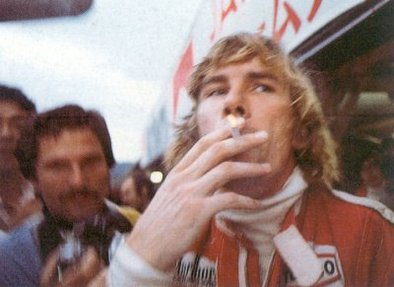 d audetto james hunt n 39 aurait pas du tre champion en 1976. Black Bedroom Furniture Sets. Home Design Ideas