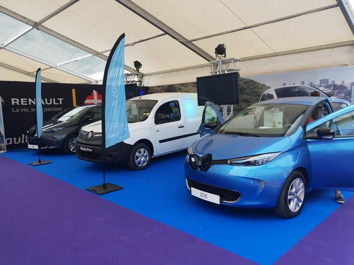 Le stand Renault - Vidéo en direct du Salon de Val d'Isère 2018