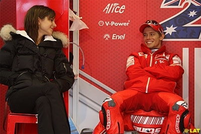 Moto GP - Ducati: Stoner prêt à rempiler un an de plus