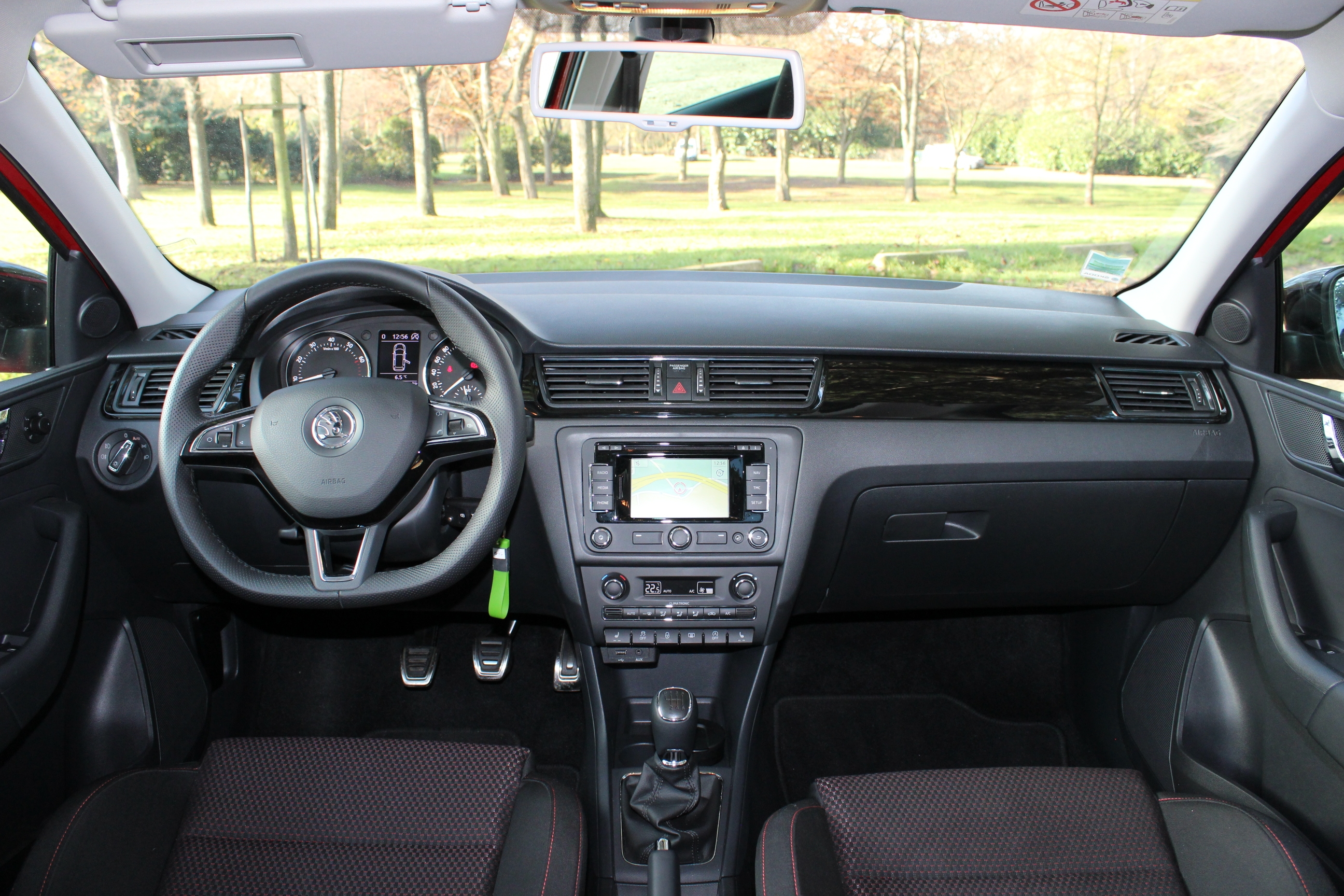 essai skoda rapid spaceback 1 2 tsi 105 moteur top et ch ssis flop. Black Bedroom Furniture Sets. Home Design Ideas