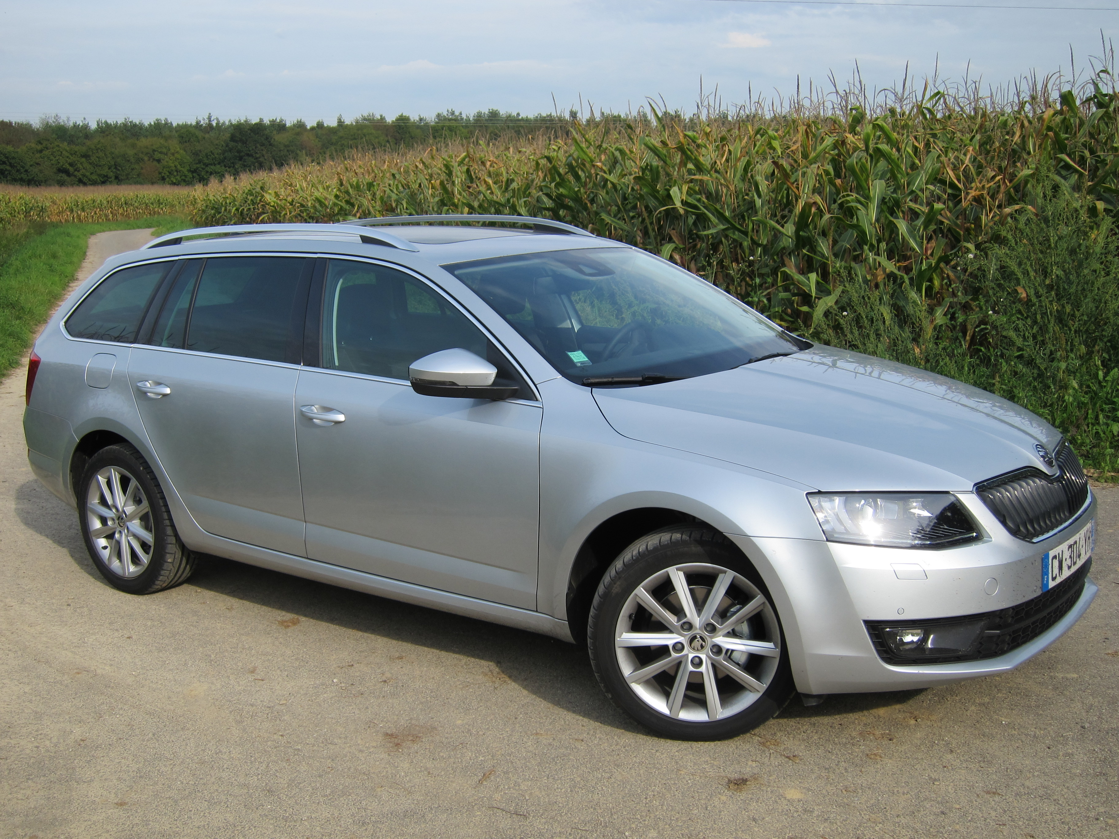 essai skoda octavia 1 6 tdi 105 combi rationnelle un peu beaucoup passio. Black Bedroom Furniture Sets. Home Design Ideas