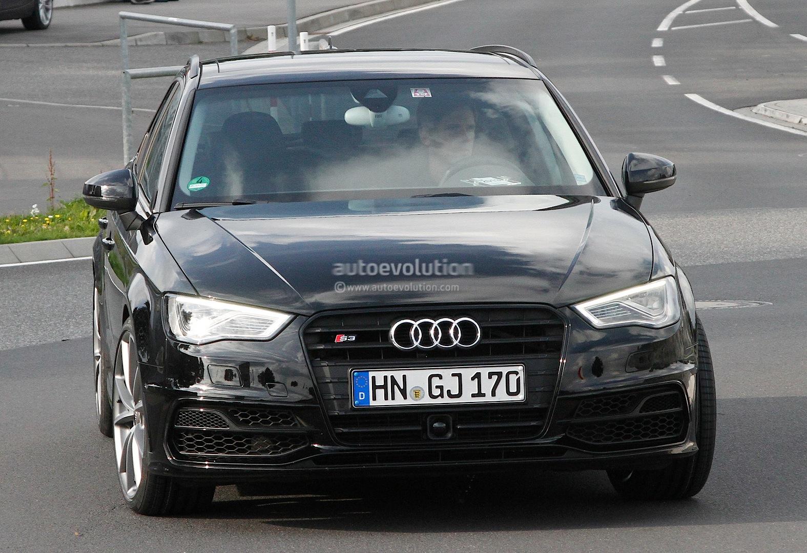 S0-La-future-Audi-RS3-surprise-aux-abords-du-Ring-304605