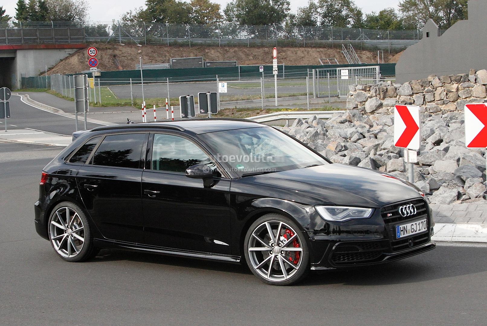 S0-La-future-Audi-RS3-surprise-aux-abords-du-Ring-304606