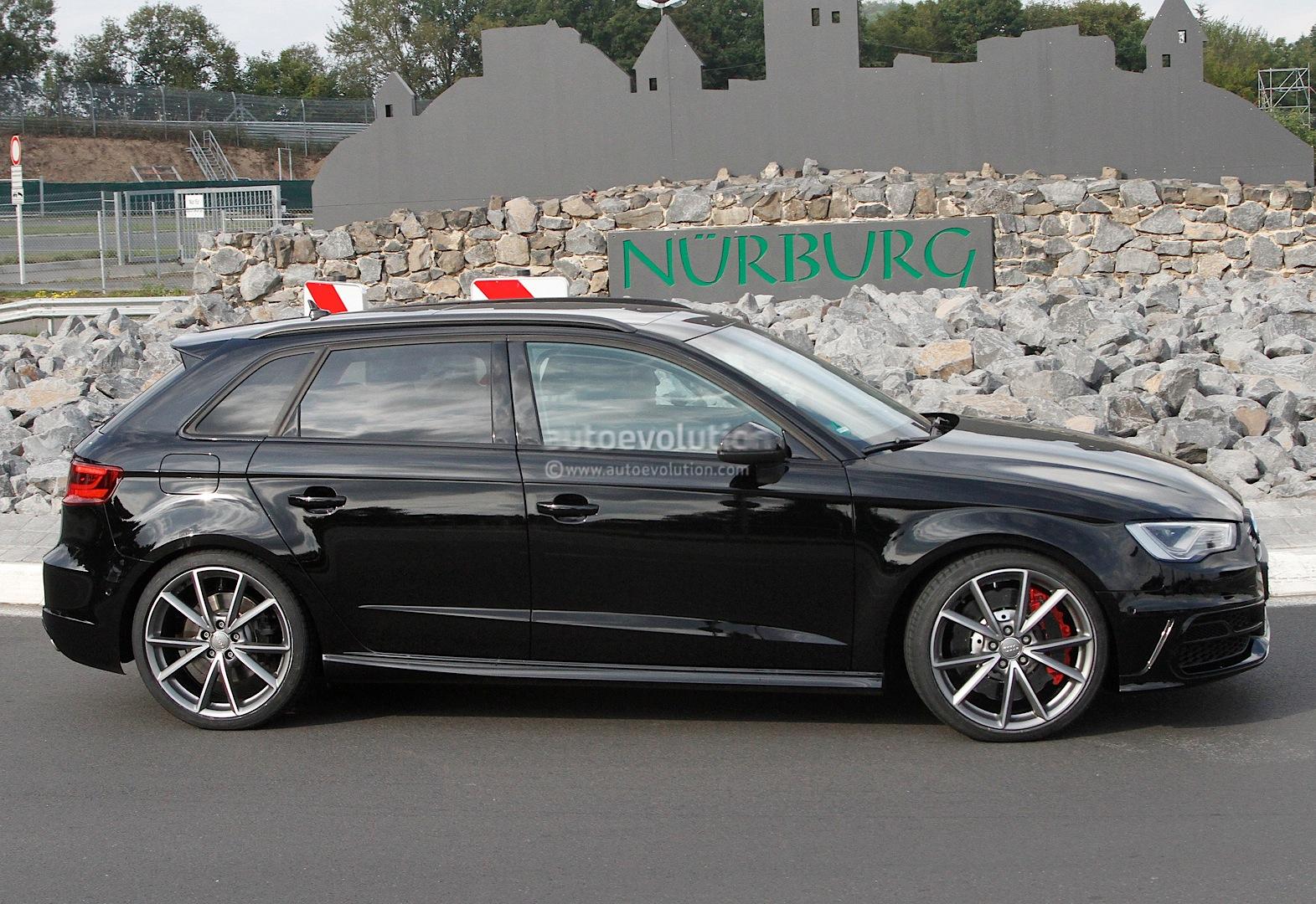 S0-La-future-Audi-RS3-surprise-aux-abords-du-Ring-304607
