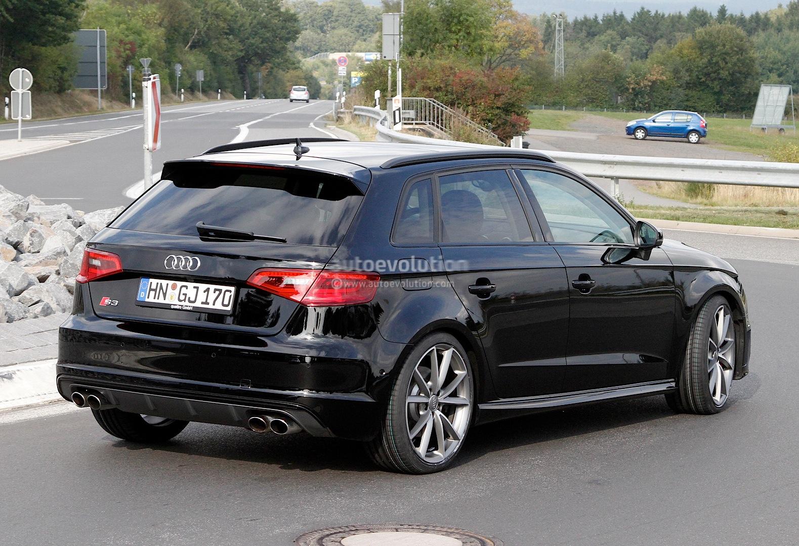 S0-La-future-Audi-RS3-surprise-aux-abords-du-Ring-304608