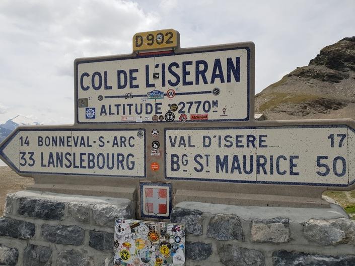 Salon de Val d'Isère - En Volkswagen e-Golf jusqu'au col de l'Iseran