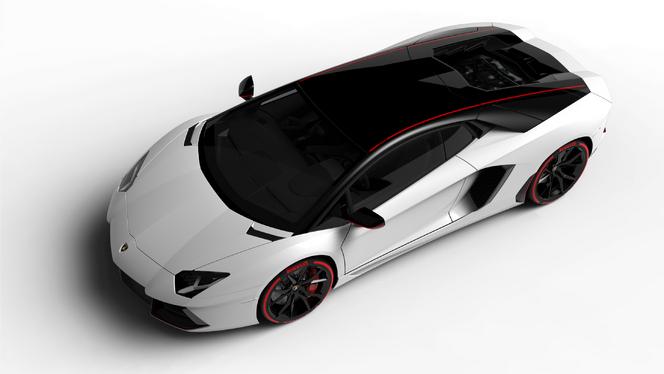 Lamborghini présente l'Aventador LP 700-4 Pirelli Edition
