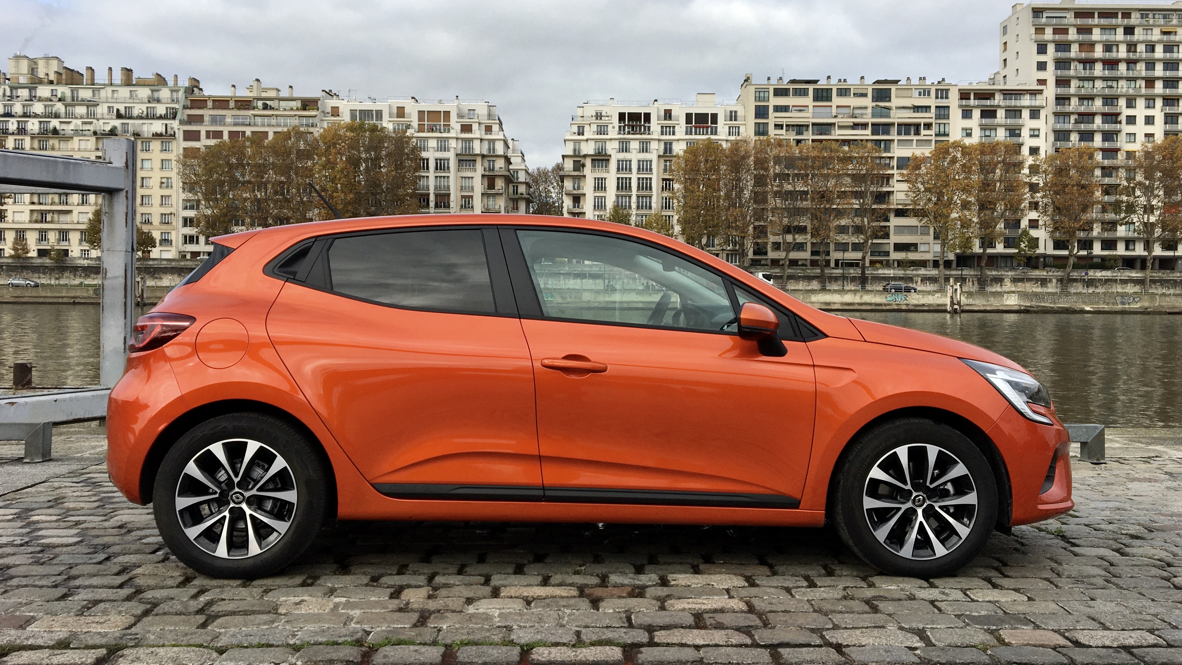 2019 - [Renault] Clio V (BJA) - Page 17 S0-essai-renault-clio-dci-85-611015